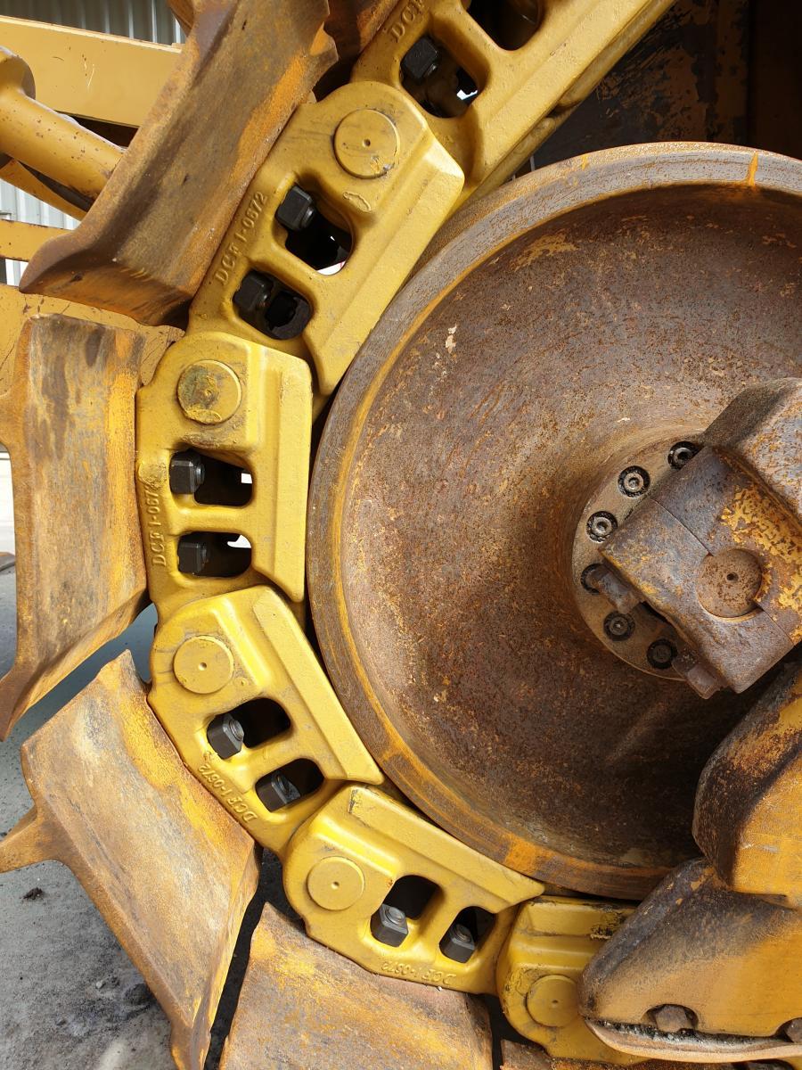 Cat D7H SALT Chain Replacement | West-Trak New Zealand