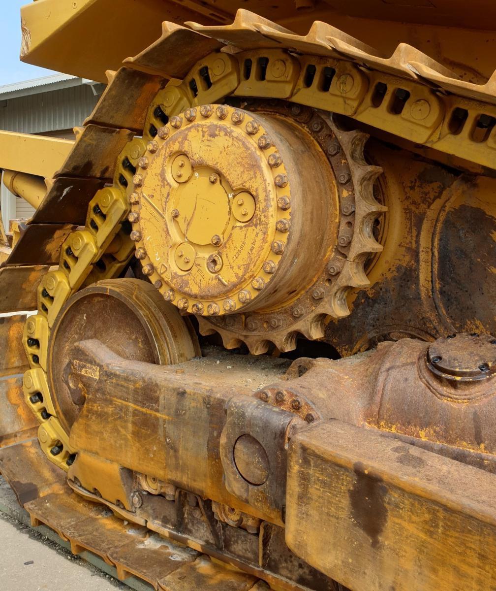 Cat D7H SALT Chain Replacement | West-Trak New Zealand